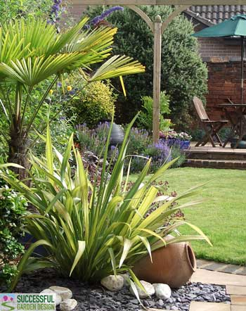 Garden Ideas – 3 Quick and Easy Ways to Transform Any Garden