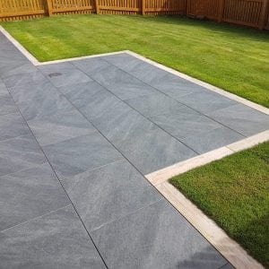 Bradstone Mode Profiled - Paver - Dark Grey - 600x600
