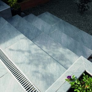 Bradstone Mode Profiled - Step - Dark Grey - 900x450