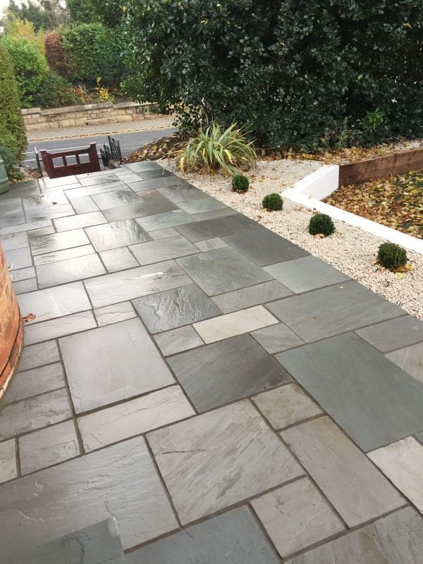 Bradstone Natural Sandstone - Paver - Silver Grey - 300x300